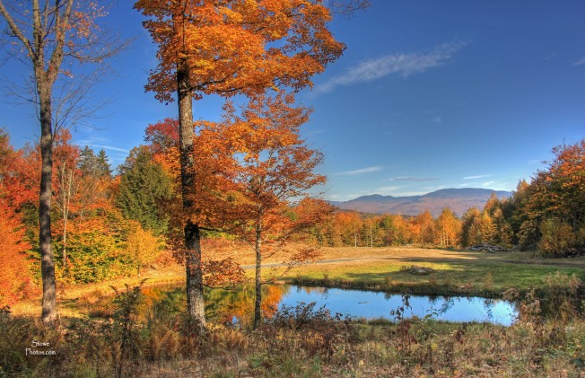 Stowe, VT - Moscow area pond - October 12, 2015