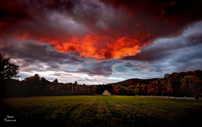 2016-9-28-sky-in-stowe-hollow