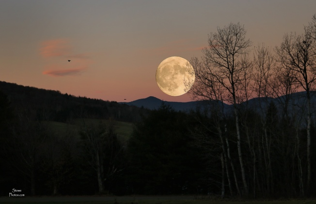 2016-11-14-stowe-full-moon