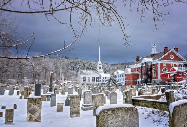2017-1-25-stowe-church-and-cemetery-snow